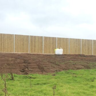 Absorbent sound screen - Soundproof fence